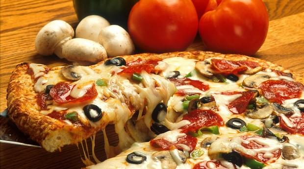 Coronavírus muda hábitos de alimentação e leva preparo de comida para dentro de casa