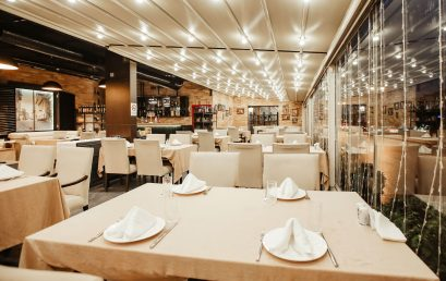 Estudo mostra que limitar horários de bares e restaurantes tem zero efeito contra Covid-19