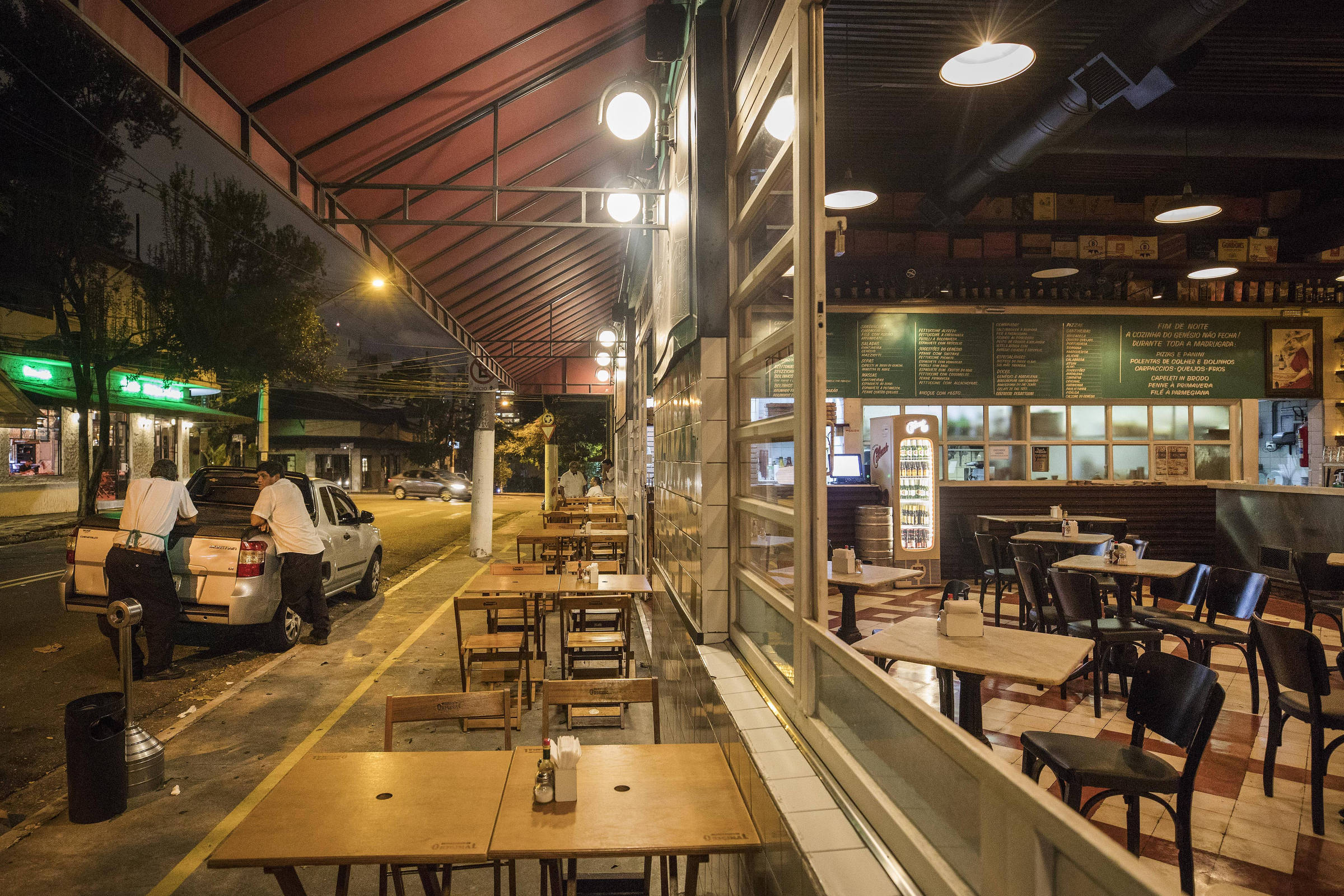 Pandemia fechou 12 mil bares e restaurantes só na capital paulista